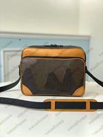 Nigo Cross Body Sac Bandoulière Bandoulière Sacs à bandoulière Messenger Sacs Dames Nigo Virgil Nil Mens Handbags Icon Pursards M40359