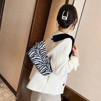 새로운 빈티지 디자인 여성 어깨 가방 유행 숙녀 여성 핸드백 멋진 소녀 토트 원래 견면 봉지