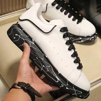 2021 망 플랫폼 신발 여성 스웨이드 리벳 빛나는 다이아몬드 신발 최고 품질의 가죽 패션 스니커즈 유행 디자이너 캐주얼 신발