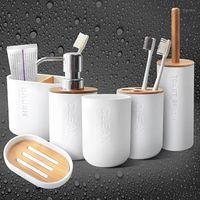 Fornitura del bagno domestico Fornitura di sapone di bambù Dispositore di sapone Dispenser Toothbrush portaspazzolino 5pcs / set Accessori per il bagno Set1