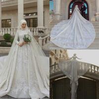 Brillant pailleté musulman Robes de Mariée avec Hijab 2021 Crystal Plus Size Robes de mariée de luxe au Moyen-Orient vestido de novia