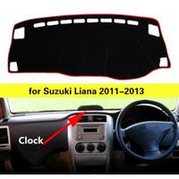 Couvercle de tableau de bord de voiture pour Liana 2011-2013 avec horloge Droit Droit Drive Auto Tableau de bord Tapis de tableau de bord Sale Plaquette de protection contre la voiture Pad1