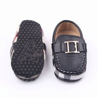 Modyler First Walker Baby Boy Shoes Девушка PU Мягкие противоскользящие подошвы Новорожденные Sapatos Party CRIB Обувь