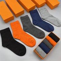 Animal Imprimer 21Ss Designer Hommes Chaussettes de style Casual Style Pure Coton Sports Hiver Summer Men Lettre Socks Cadeau Coffret