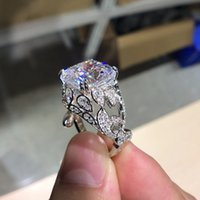Lusso 10 ct cuscino taglio simulato diamante con diamante simulato Wedding 925 sterling sterling anello anello signore molto lucido 0126