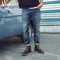 Simwood Primavera Slim-Fit Capered Little Stretch-Denim Jeans Homens Rasgado Furo Moda Plus Size Denim Calças SJ110140 201111
