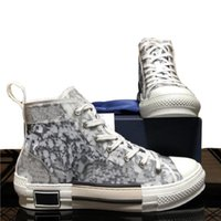 Classics Quality Men Donne Scarpe Espadrilles Sneakers Stampa camminata Sneaker Ricamo Canvas High Top Piattaforma Scarpe 15