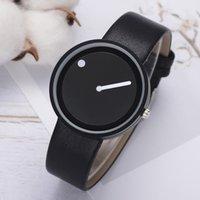 Luxury Minimalist Style in pelle orologi da polso Donne creative Black Bianco Design Dot Linea Semplice Face Quartz Orologi Orologio Design moda