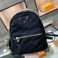 Mulheres Mini Mochila Nylon Triângulo Bag Mens Pequeno Pacote Designers Bolsas Mulheres Bolsas De Luxurys Designers Bolsas de Carteira B21012401L