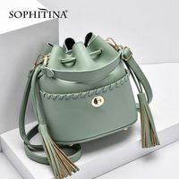 Sophitina Bucket Messenger Bag Designer Botón de metal Sin cremallera Pequeñas bolsas Hecho a mano Handmade de alta calidad Ocio bolsos de mujer E132