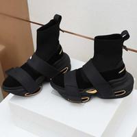 2021SS الخريف والشتاء الثقيلة المعادن الرجال حذاء ذكر ستار أزياء عارضة أحذية الرجال الجوارب أحذية مزدوجة عدم الانزلاق باطن 35-45 أعلى حذاء