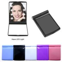 Mini Lady LED Maquillaje de maquillaje Viaje portátil Pocket Pocket LED Espejo compacto Cosmético 8 LED espejo plegable