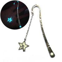 Presentes Estrela Homem Voador Cauda da baleia Bookmark brilho luminoso nas Dark Metal marcador de livro