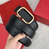Cinturones de hebilla de oro con cajas de cuero para hombre y mujeres con hebilla suave Viste a cinturones de inconformista