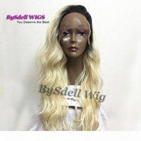 Perruques frontales de dentelle synthétique de la coiffure de longue vague de corps longue perruques avec des racines noires blonde 613 # Perruques de cheveux pour femmes noires