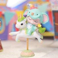 Blue Box Carousel Dileye Рука, чтобы сделать милые мультфильм настольные украшения для отправки подруги подарки девушка кукла подлинная LJ201031
