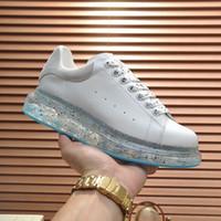 2021 Mens Platform Shoes Cushion Crystal Bottom Women Jelly Suede Sumrestone Top in pelle Sneakers Flat Designer Scarpe casual