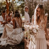 UMK Champagne Bohemia Beach Boho Dress 2020 Sexy V Neck Backless Lace Vestido De Noiva Tulle Appliques Wedding Gowns Q1113