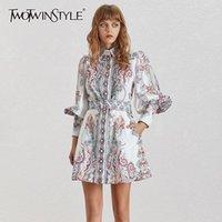 Twotwinstyle impressão vintage mulheres vestido lapela lanterna manga cintura alta com sohes botão mini vestidos feminino moda verão y200102