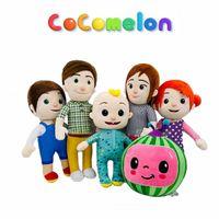 COCOMELON Relleno Peluche Toys Muñecas Dibujos Animados Soft Anime Hecha de acostado Sandía Peluche JJ JJ Familia Educativa Niños Regalo Plushie