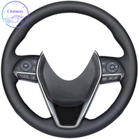 DIY غطاء عجلة القيادة سيارة مخصصة لتويوتا كامري كورولا 2018-2020 / rav4 أفالون 2019-2021 اليد الخياطة الأسود جلد طبيعي