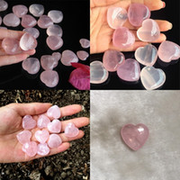 Natural Rose Quartz Forma del cuore Amore Mini Cristallo Chakra Healing Home Decor Reiki Healing Stone Love Gems Gioielli fai da te 85 G2