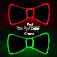 Boyun Kravat Set Stil Değişim 2 Renkler LED Işık Up Mens Yay Aydınlık Kravat Yanıp Sönen Erkekler Düğün Akşam Parti Karnaval Parti Için Bağları