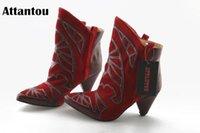 Attantou 2020 Botas para mujer Blav Boots Botas puntiagudas de punta de punta Invierno Mujeres Partido Fiesta de estiramiento occidental1