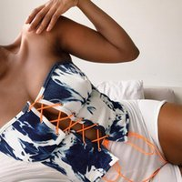 التعادل صبغ الدنيم قمم الإناث الأزياء مثير رسم سلسلة الكتف قبالة الملابس الصدر حزام بلا أكمام تي شيرت
