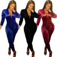 Chándal de las mujeres de los diseñadores de ropa de invierno 2020 otoño de las mujeres ocasionales de la manera atractiva del V-cuello sólido ajustado de terciopelo Mono mamelucos más el tamaño caliente wo