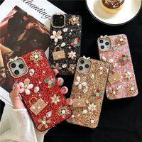 Для iPhone 11 12 Pro XR XS MAX 8 7 6S PLUS PLUS Luxury Designer Women Case Case Blearth Love Cootlet Chinestone Defender Phone Case