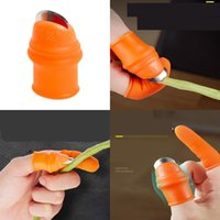 Bıçaklar Thumb Eldiven Takım Elbise Jilet Kollu Setleri Metal Bıçak Parmak Eldiven Kiti Kesici Silikon Kesme Kapakları Toplama Spiny 7 43JY C2