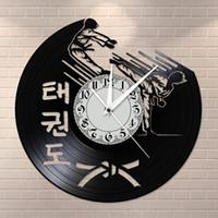 Korean Art Martial Taekwondo Mute Horloge Taekwondo Musée Training Center Fighting Wall Art Retro silencieux Disque Vinyle Horloge murale