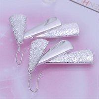Triangolo Retro Charms Orecchini Bellissimo argento Colore Gioielli per le donne Lady Regalo Party di nozze Bel carino gioielli E015 h SQCSSE