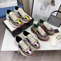 2021 Tasarımcı Rhyton Sneakers Bej Erkekler Eğitmenler Vintage Lüks Chaussures Bayanlar Ayakkabı Tasarımcı Sneakers ile Kutusu Boyutu 35-46
