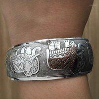 Armreif-Zigeuner ethnischer quadratischer Elefant Metall geschnitzte breite Armreifen tibetanische silberne Farbe Vintage Retro Tribal Armband Manschette für Frauen1