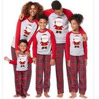Mukatu Noel Pijama Aile Yeni Eşleşen Çift Kıyafetler Aile Noel Pijama 2020 Çocuklar Anne Baba Aile Eşleştirme Giysi LJ201109
