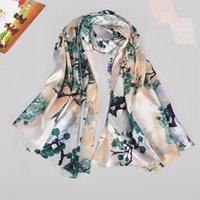 Schals [Bysifa] Beige grüner Seidetschal Schal Gedruckt Frauen Lange Wraps Chinesischen Stil Herbst Winter Pflaumen Blütenkap