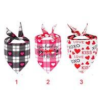 Día de San Valentín Perro Bandanas, Triángulo Heart Love Bibs Bufanda, Pañuelo ajustable de San Valentín, Pañuelo lavable para perros Gatos JK2101PH