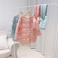 Новые прибытия зимы младенца девушки Long Jacket младенца Верхняя одежда Детская Thin пальто с шарфом Дети Девушка Верхняя одежда