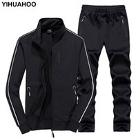 Yihuahoo Track costume Hommes 6xl 7XL 8XL Hiver Automne Two Piece Vêtements Ensemble Marque Casual TrackSuit Sportswear SweatSuit Xyn-8823 T200324