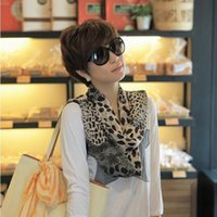 LeoPard Print Scarf Fashion Woman Square Head Carrf Wraps Wrack Parties Parted Kerchief Wee красивый шарф шаль комфортно