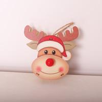 Бесплатная доставка 2020 INS горячей продажи деревянная кукла с огнями рождественских украшений Рождества окна дерева кулон праздник украшение партии F6903