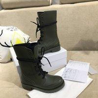 Moda Yeni Yüksek Boots Bayanlar Retro Trend Düz Yağmur Botları Martin Boots Four Seasons Evrensel Rahat Ayak hissedin D Eşleştirme Artan
