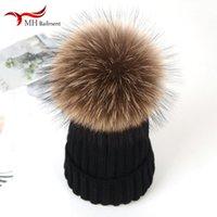 Beanie / Crânio Tampas do Outono Inverno Real Raccoon Fur Ball Crianças de malha chapéu confortável mãe morna pai-filho espessado