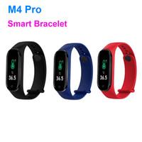 새로운 전자 제품 스포츠 시계 M4 프로 스마트 시계 체온 피트니스 밴드 스마트 팔찌 팔찌 실리콘 팔찌