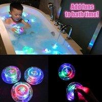 Décoration de fête Enfants Baignoire Bobine de bain à balles flottante float étanche coloré clignotant LED jouet