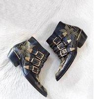 Susanna Studded Leather Botas Mulheres Rodada Toe Rivet Flor Martin Botas Mulheres Velvet Luxo Botas Zapatos Mujer 201020