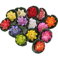 装飾的な花の花輪の花輪5本の人工的な蓮の睡蓮の浮遊花の池のタンク植物の葉の飾り10cmのホーム結婚式のガーデンプールde