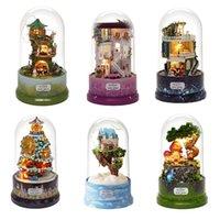 DIY Dollhouse Rodar Música Caixa Miniatura Monte Kits Casa de boneca com Furnitures Casa de Madeira Brinquedos para Crianças Presente de Aniversário LJ201126